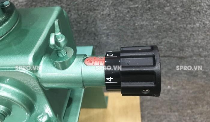 Bơm định lượng hóa chất Nikkiso AHA 01 PVC
