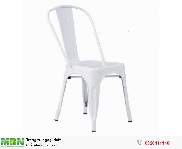Ghế nhựa màu kem