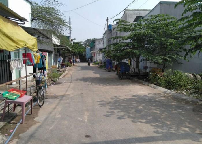 Tôi có lô đất  sát Vincity Quận 9, mặt tiền Nguyễn Xiển