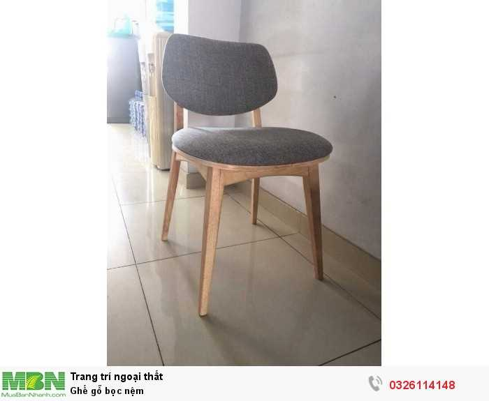 Ghế gỗ bọc nệm