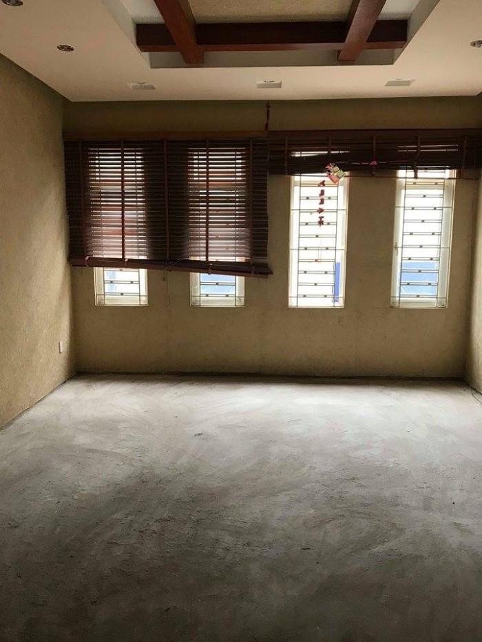 Nhà mặt phố Nhân Hòa 66mX5t, MT5m, giá 14,3 tỷ.