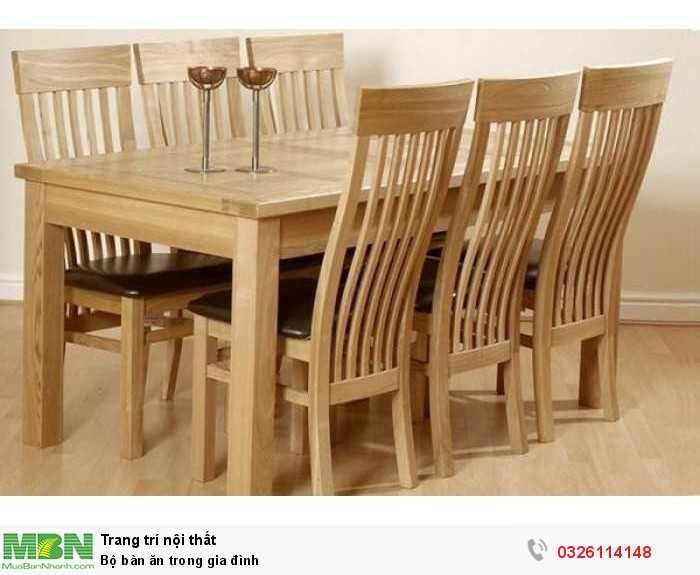 Bộ bàn ăn trong gia đình0