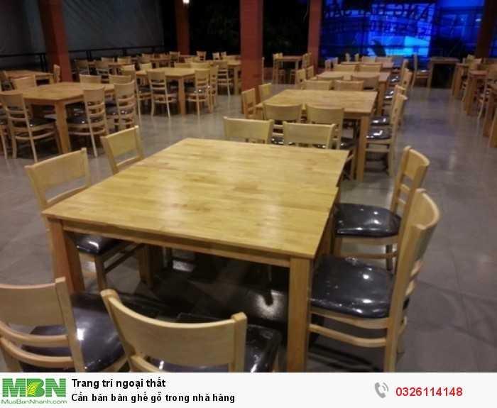 Cần bán bàn ghế gỗ trong nhà hàng0