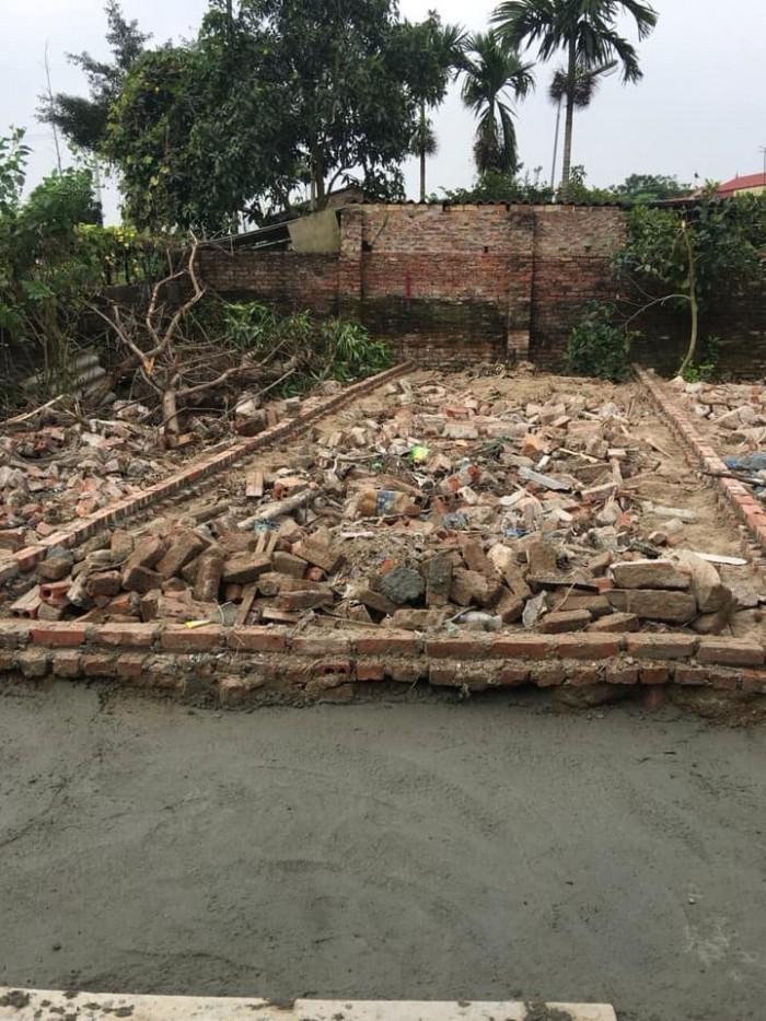 Bán lô đất dt 42,6m2, mt 3,7m, thôn 3  Đông Dư, Gia Lâm, Hà Nội