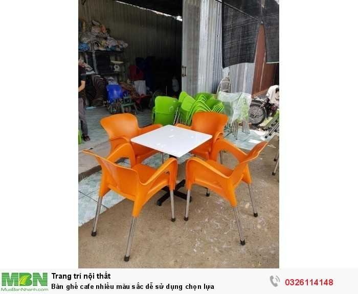 Bàn ghế cafe nhiều màu sắc dễ sử dụng chọn lựa3