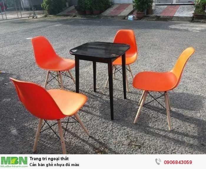 Cần bán ghế nhựa đủ màu0