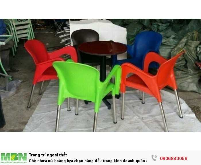 Ghế nhựa nữ hoàng lựa chọn hàng đầu trong kinh doanh quán cafe0