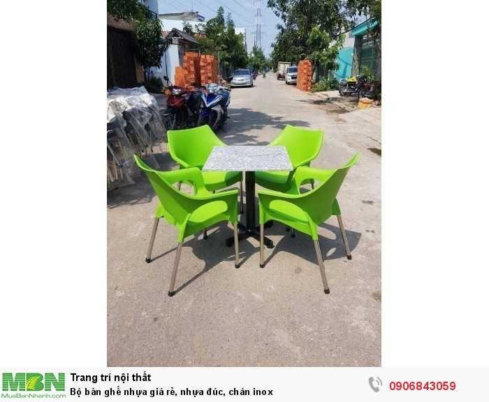 Bộ bàn ghế nhựa giá rẻ, nhựa đúc, chân inox0