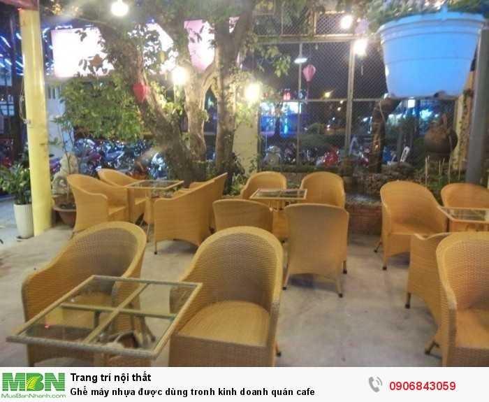 Ghế mây nhựa được dùng tronh kinh doanh quán cafe0