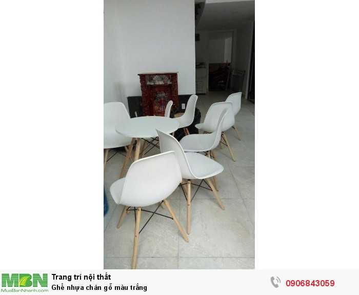 Ghế nhựa chân gỗ màu trắng0