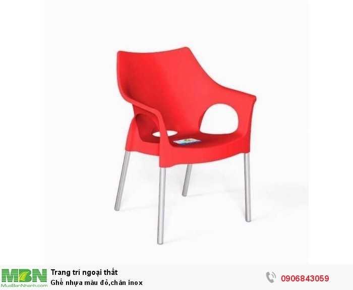 Ghế nhựa màu đỏ,chân inox0