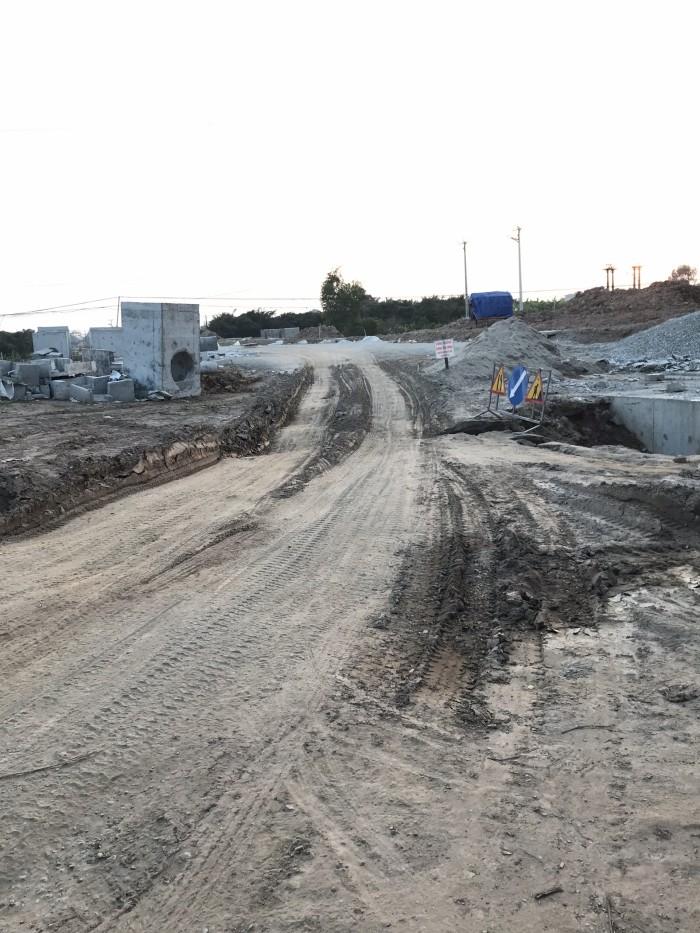 Bán đất kinh doanh sát vách bến xe mới Cổ Bi, Gia Lâm, 100m2