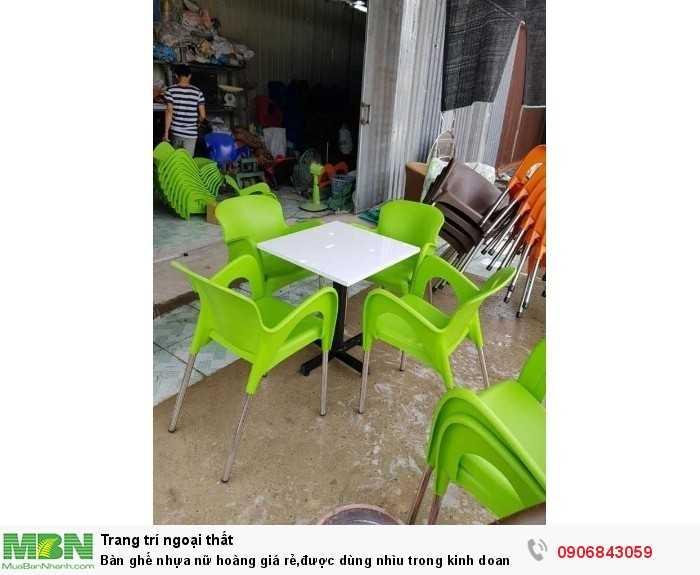 Bàn ghế nhựa nữ hoàng giá rẻ,được dùng nhìu trong kinh doanh cafe0