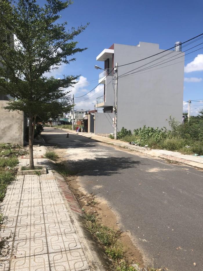 Cần bán gấp 64m2 mặt tiền đường 6 phường Long Bình quận 9