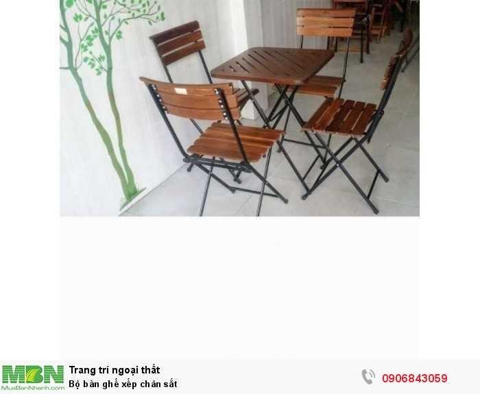 Bộ bàn ghế xếp chân sắt0