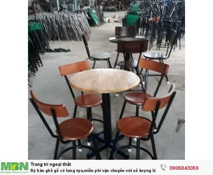 Bộ bàn ghế gỗ có lưng tựa,miễn phí vận chuyển với số lượng lớn0