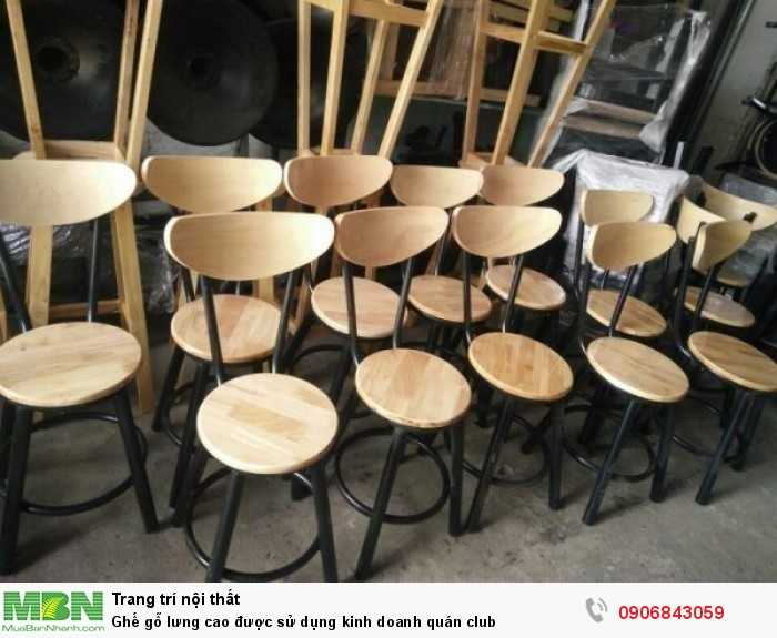 Ghế gỗ lưng cao được sử dụng kinh doanh quán club0