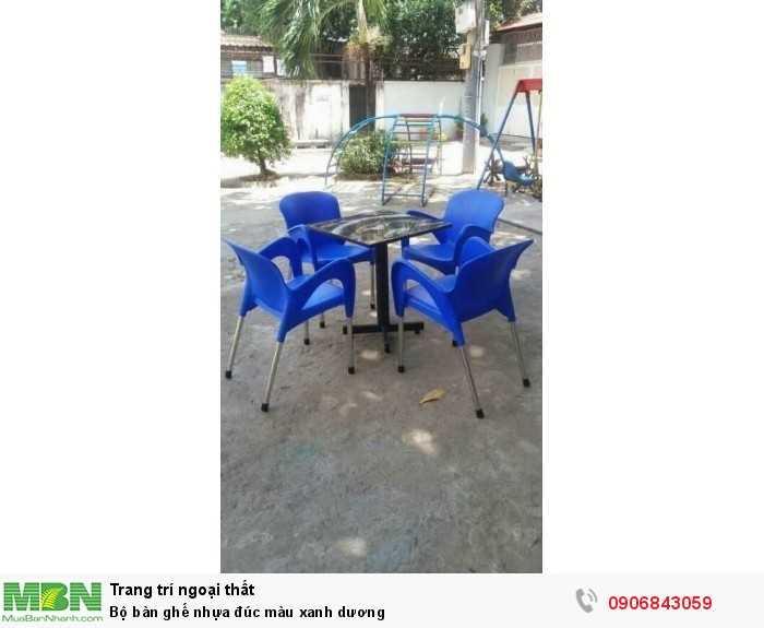 Bộ bàn ghế nhựa đúc màu xanh dương0