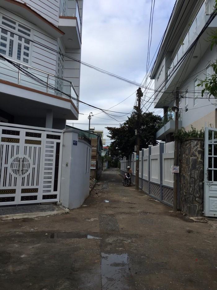 Bán đất thổ cư 2 mặt tiền  Bình Thạnh, đường Nguyễn Cửu Vân, ngay chung cư SGC