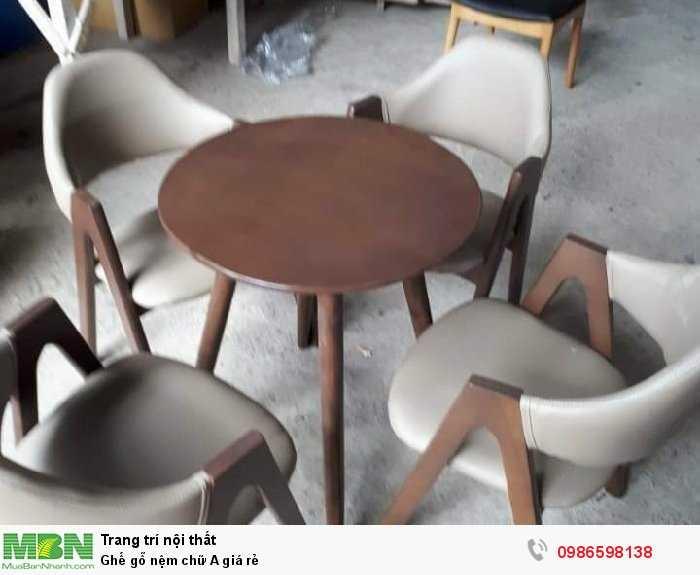 Ghế gỗ nệm chữ A giá rẻ4