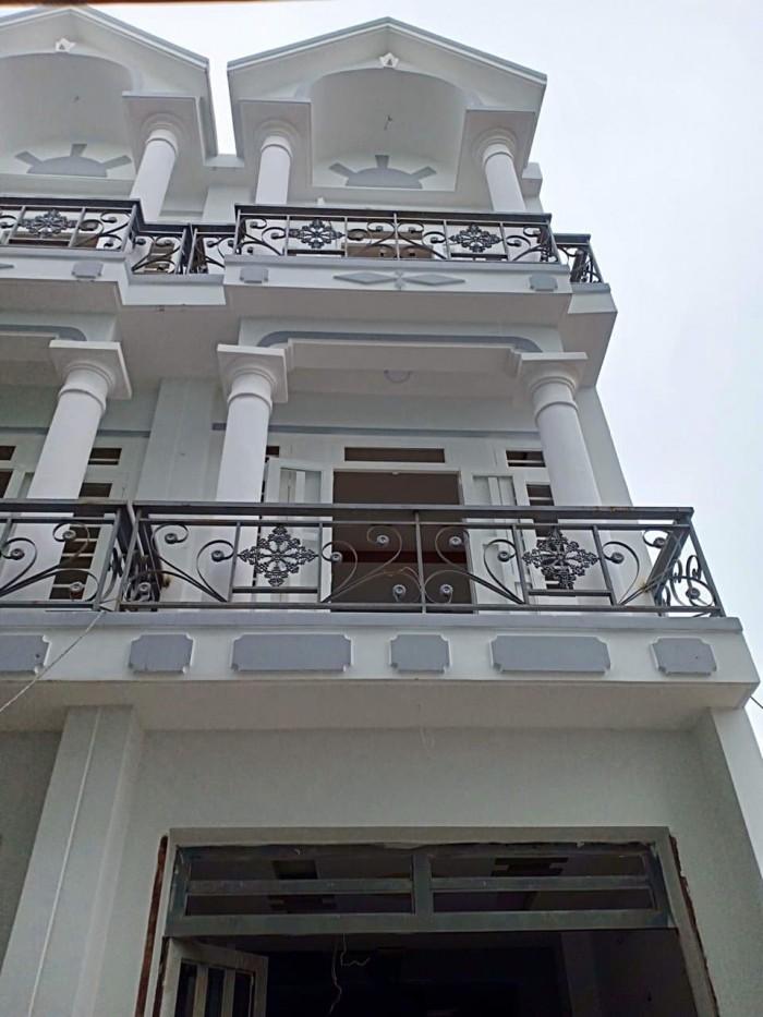 Bán lại căn nhà phố liền kề cuối đường Quang Trung
