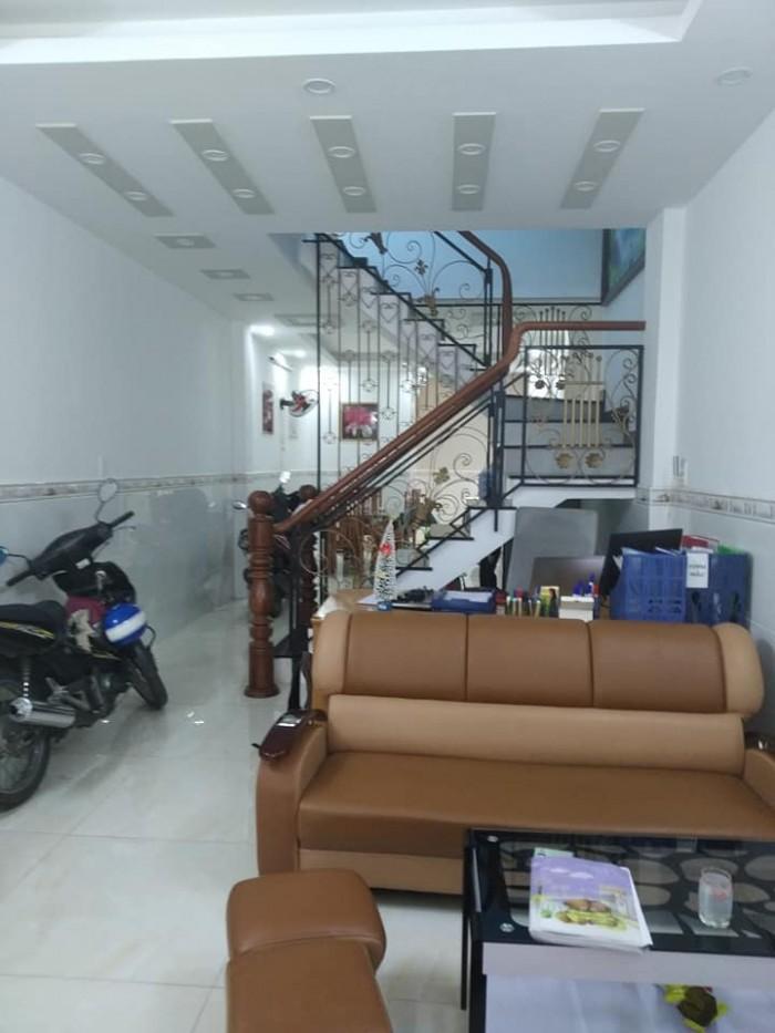 Bán nhà đẹp, hẻm ô tô 6m Đào Duy Anh, 70m2 - 3 tầng - 8.05 tỷ (TL).