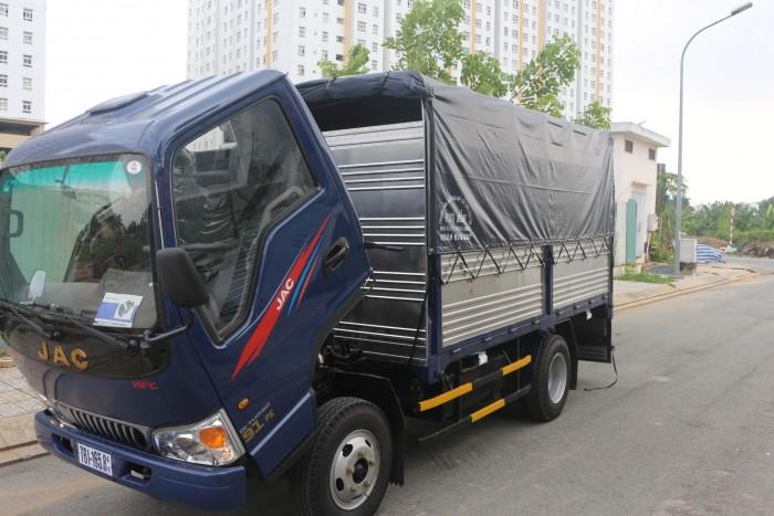 Mua xe tải jac 2.5 tấn máy isuzu chính hãng xe tải jac vào thành phố 0