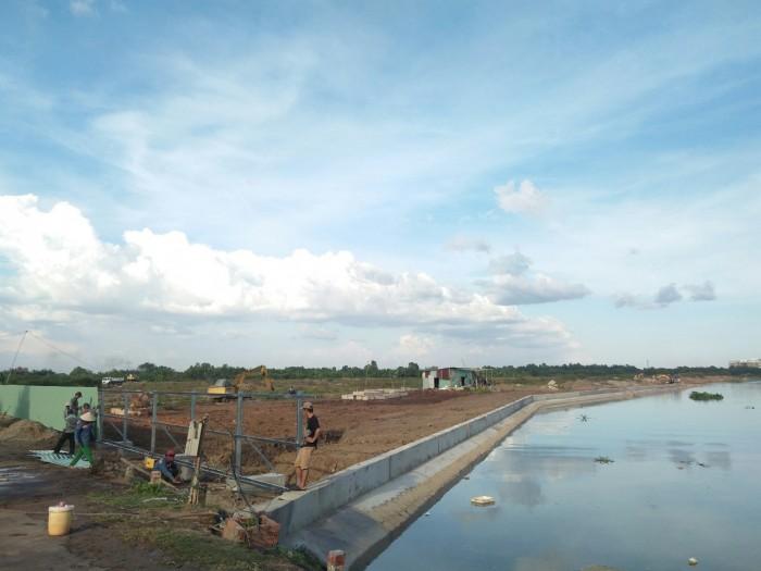 Bán đất nền mặt tiền đường quận 9 chỉ từ 540 triệu đồng sổ hồng trao tay.