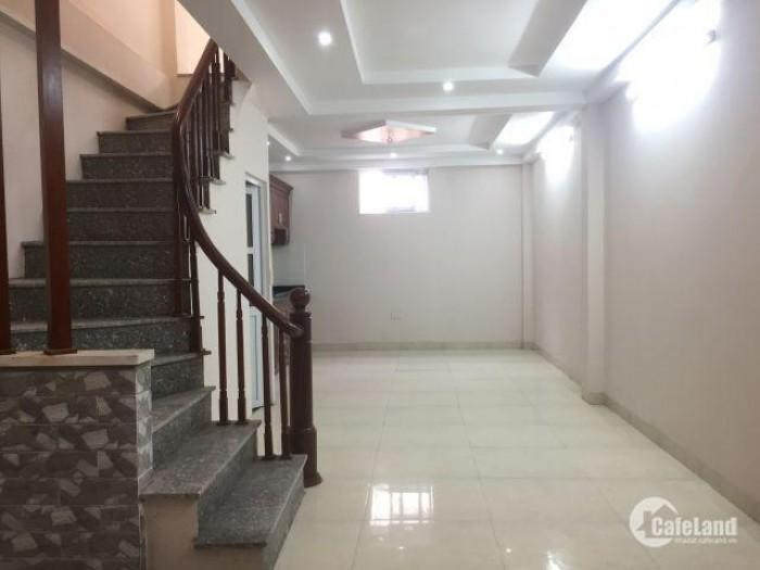 Bán Nhanh Rẻ Nhà 3.5 Tầng,3 Ngủ Trước Tết, Giá Giảm Sâu Cho Khách Nhiệt Nhanh, Văn Phú Hà Đông