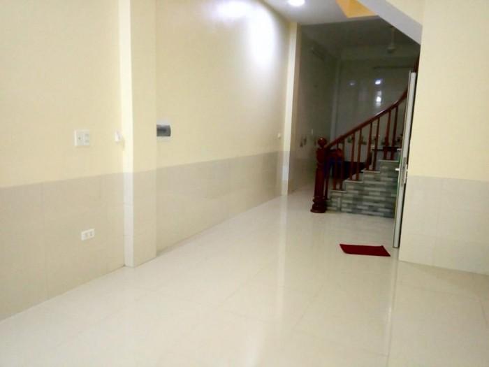 Cho thuê cửa hàng DT 50 m2 x 4 tầng mặt tiền 3,5 m Phố Lê Lai Q.Hà Đông Hà Nội