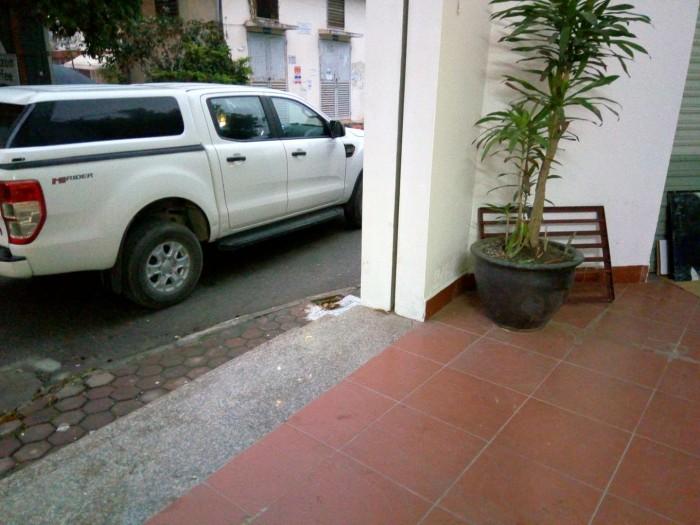 Cho thuê cửa hàng DT 30 m2 hai mặt tiền 3 m & 3 m Đường Nguyễn Văn Lộc Q.Hà Đông Hà Nội