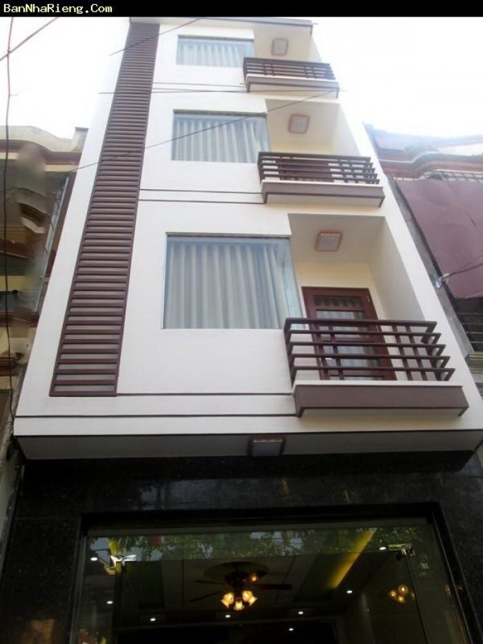 Bán nhà 4,5x14m, 6,8 tỷ. Trần Quang Diệu. Q3.