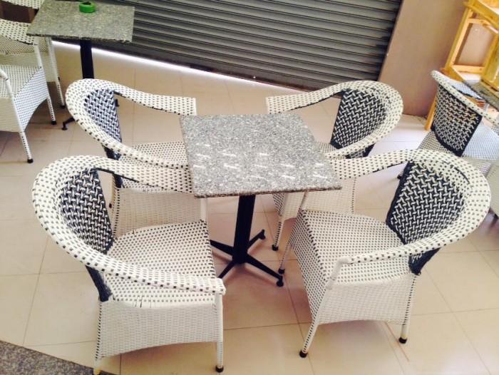 bàn ghế mây nhựa cafe giá rẻ tại xưởng sản xuất HGH 0004500