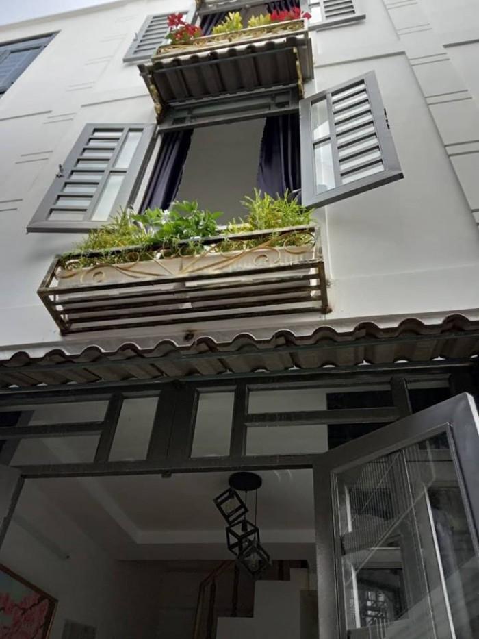 Nhà phố nhỏ xinh phù hợp với gia đình trẻ, gia đình ít người quận 12 giá chỉ 1 tỷ 100 triệu
