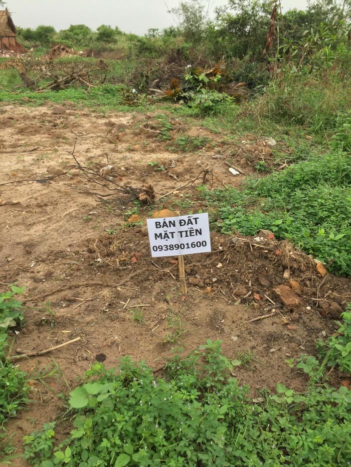 Đất mặt tiền Nguyễn Xiển, 3 tuần công chứng