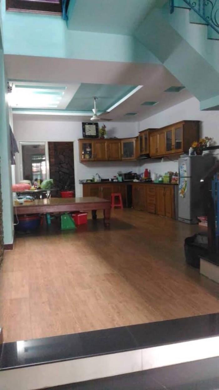 Nhà mặt tiền Quách Đình Bảo 4.5 x18.5m, 3 lầu