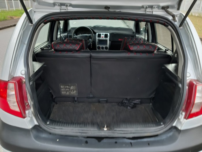 xe Huyndai cũ năm 2010 12