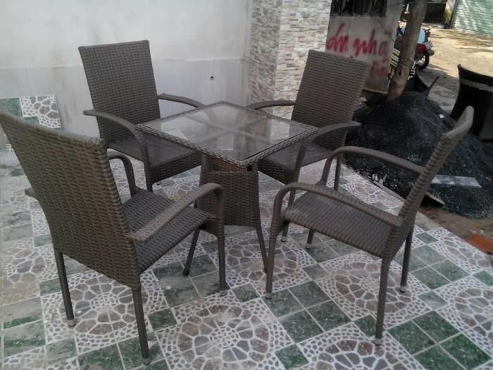 bàn ghế cafe mây nhựa giá rẻ tại xưởng sản xuất HGH 810