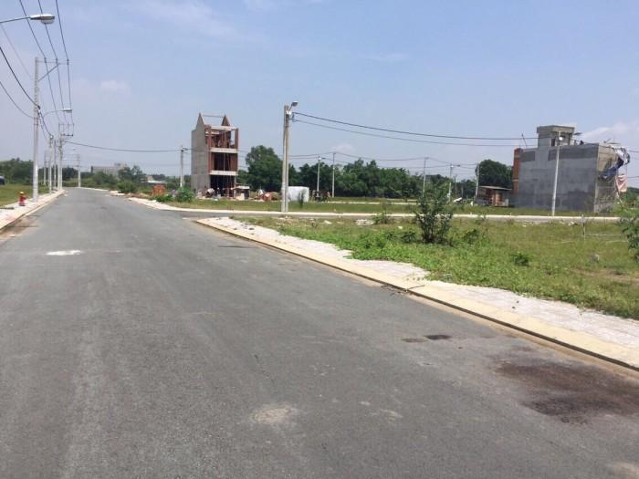 Bán đất xây nhà trọ cách mặt tiền Võ Văn Hát 20m, đường 6m