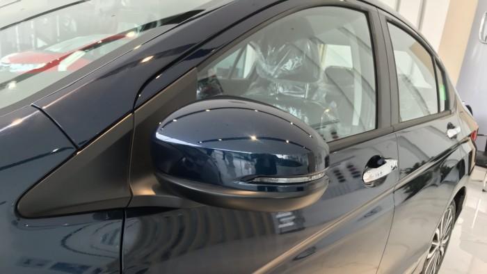 Honda City CVT màu xanh giao ngay 29