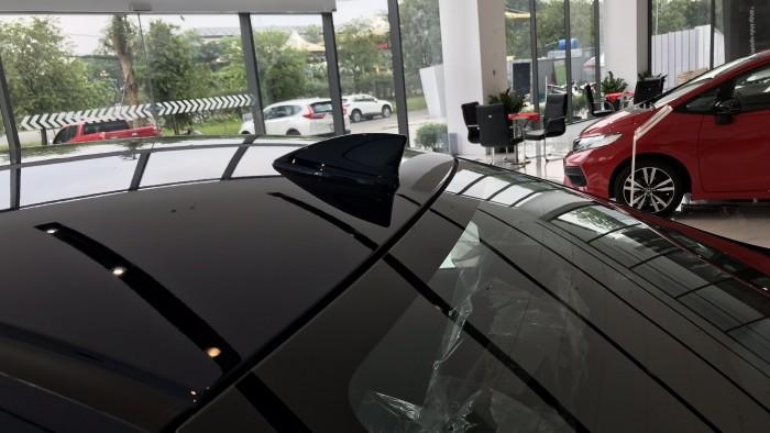 Honda City CVT màu xanh giao ngay 27