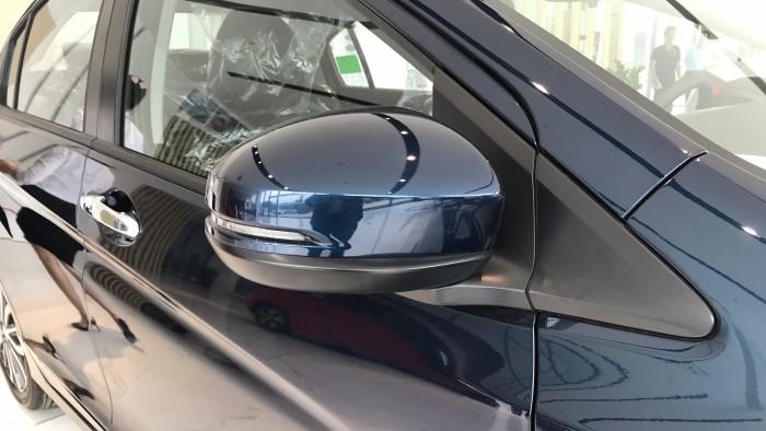 Honda City CVT màu xanh giao ngay 20