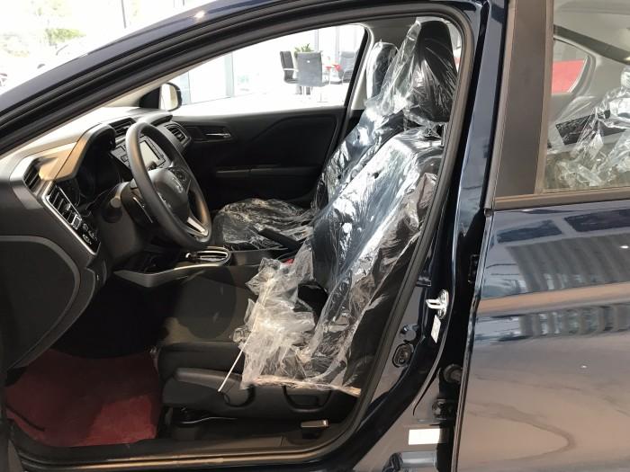 Honda City CVT màu xanh giao ngay 6