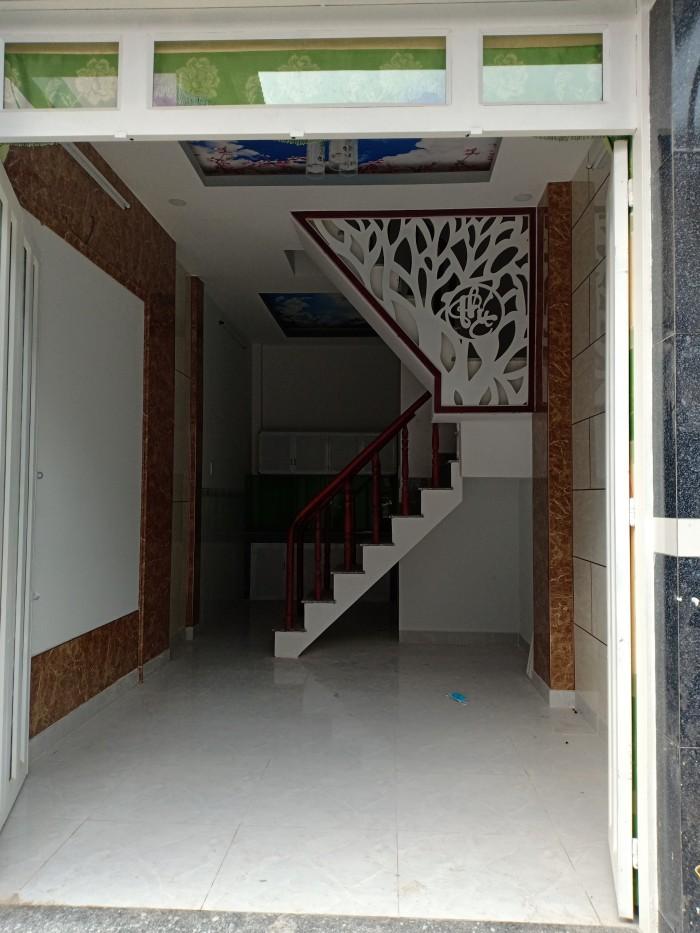 Bán nhanh nhà 1 trệt 2 lầu, sổ hồng, HL2, Bình Tân