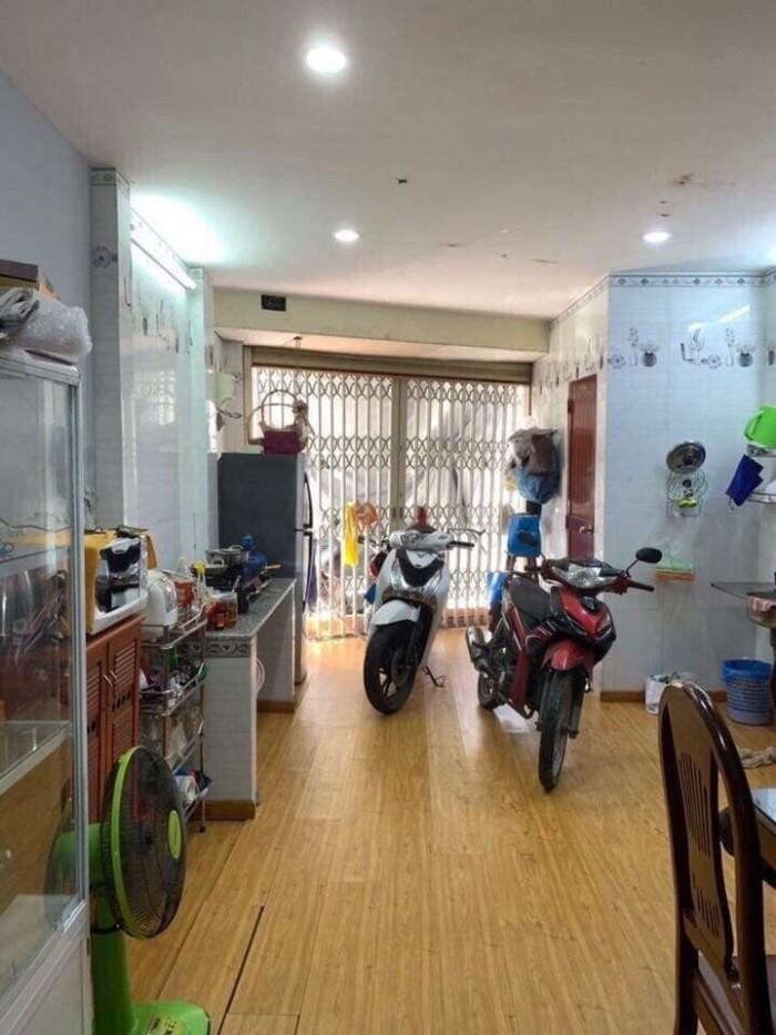 Bán Nhà 1 Trệt 2 Lầu 2 Mặt Tiền Bờ Hồ Huỳnh Cương, Mặt Tiền Lộ Sông Thoáng Mát Ninh Kiều