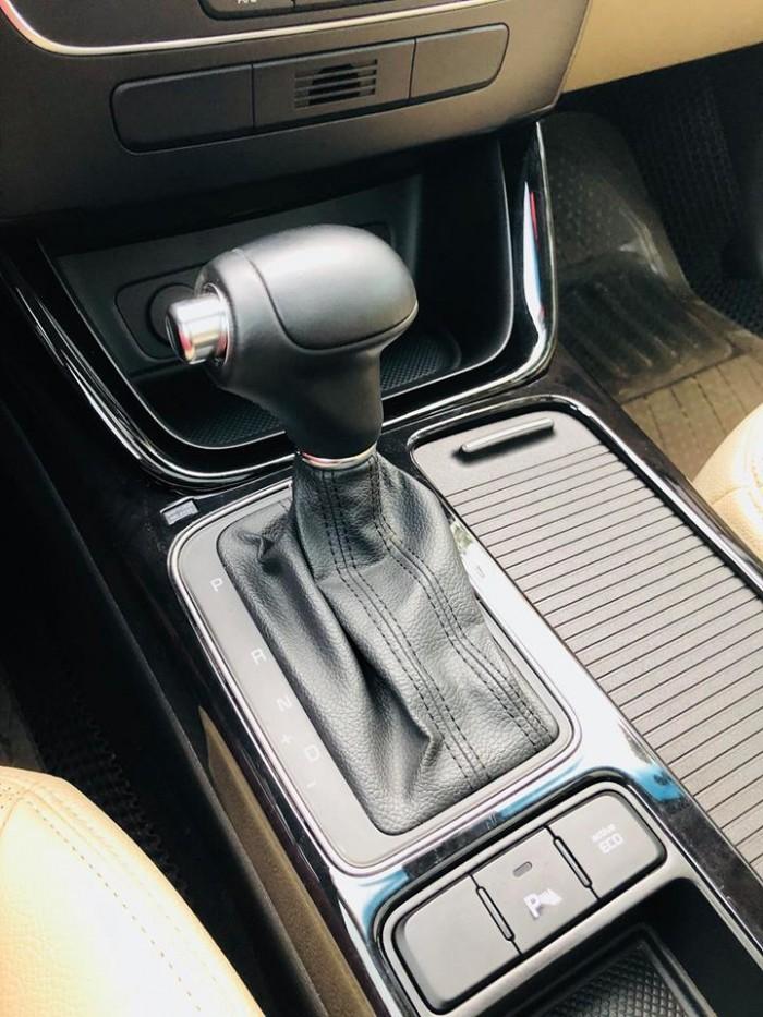 Bán xe Kia Sorento GAT 2017 máy xăng màu bạc zin cực chất 1