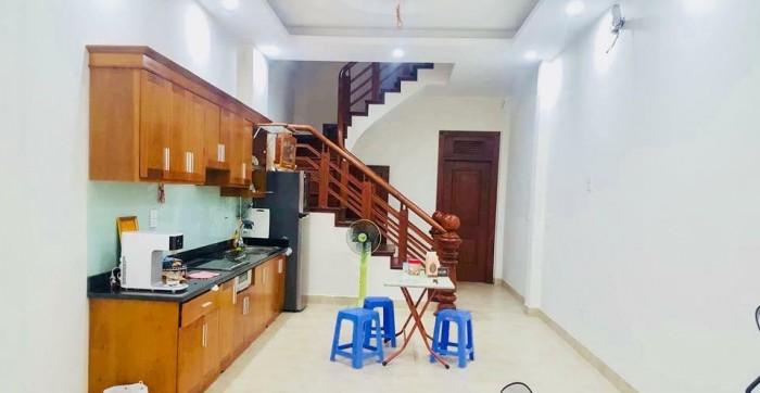 Nhà ngõ 105 Xuân La 46mX5t,MT 4m, giá 7,1 tỷ.
