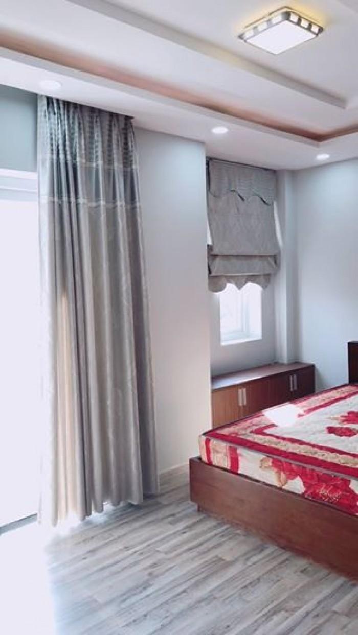 Cho thuê nhà phố Mega Village Khang Điền quận 9.