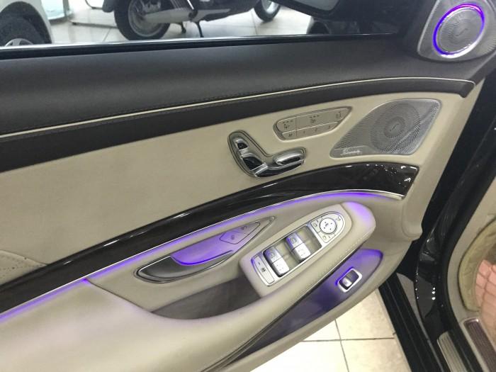 Bán Maybach S400 Model và đăng ký 2017 ,màu đen,nội thất kem,như mới tinh,thuế sang tên 2%.