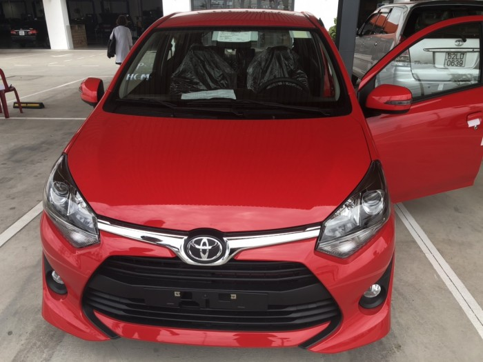 Toyota wigo 1.2 số sàn MÀU ĐỎ MỚI 100% 4